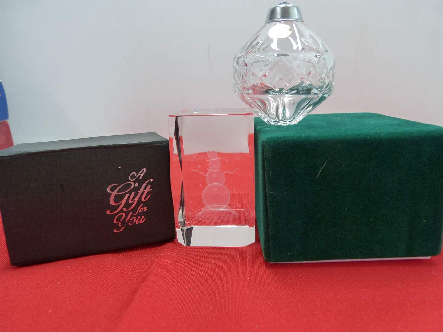 Lot # 114  3-D etched snowman (glows when lit) & lead crystal ornament (main image)