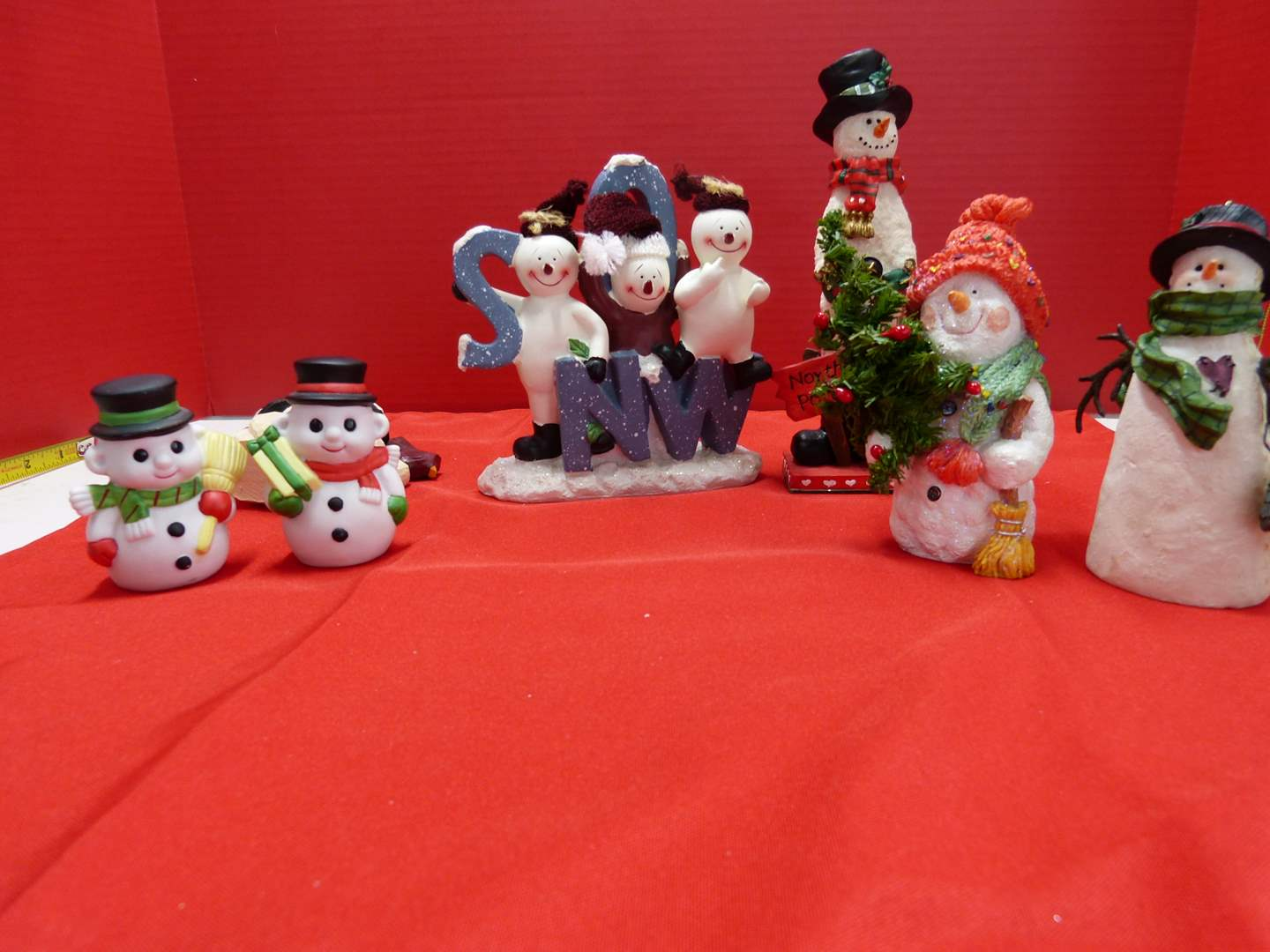 Lot # 125  Nice lot of snowman collectibles