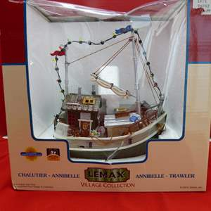 Lot # 137  Lemax Village Collection NEW ark light up (untested)