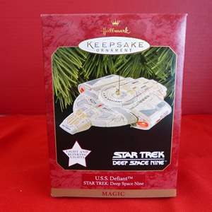"""Lot # 161  Hallmark Keepsake """"U.S.S. Defiant"""" NEW ornament Star Trek ornament"""
