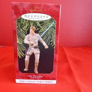 """Lot # 164  Hallmark Keepsake """"Luke Skywalker"""" Star Wars ornament"""