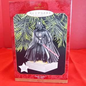 """Lot # 168  Hallmark Keepsake Star Wars """"Darth Vador"""" ornaments"""