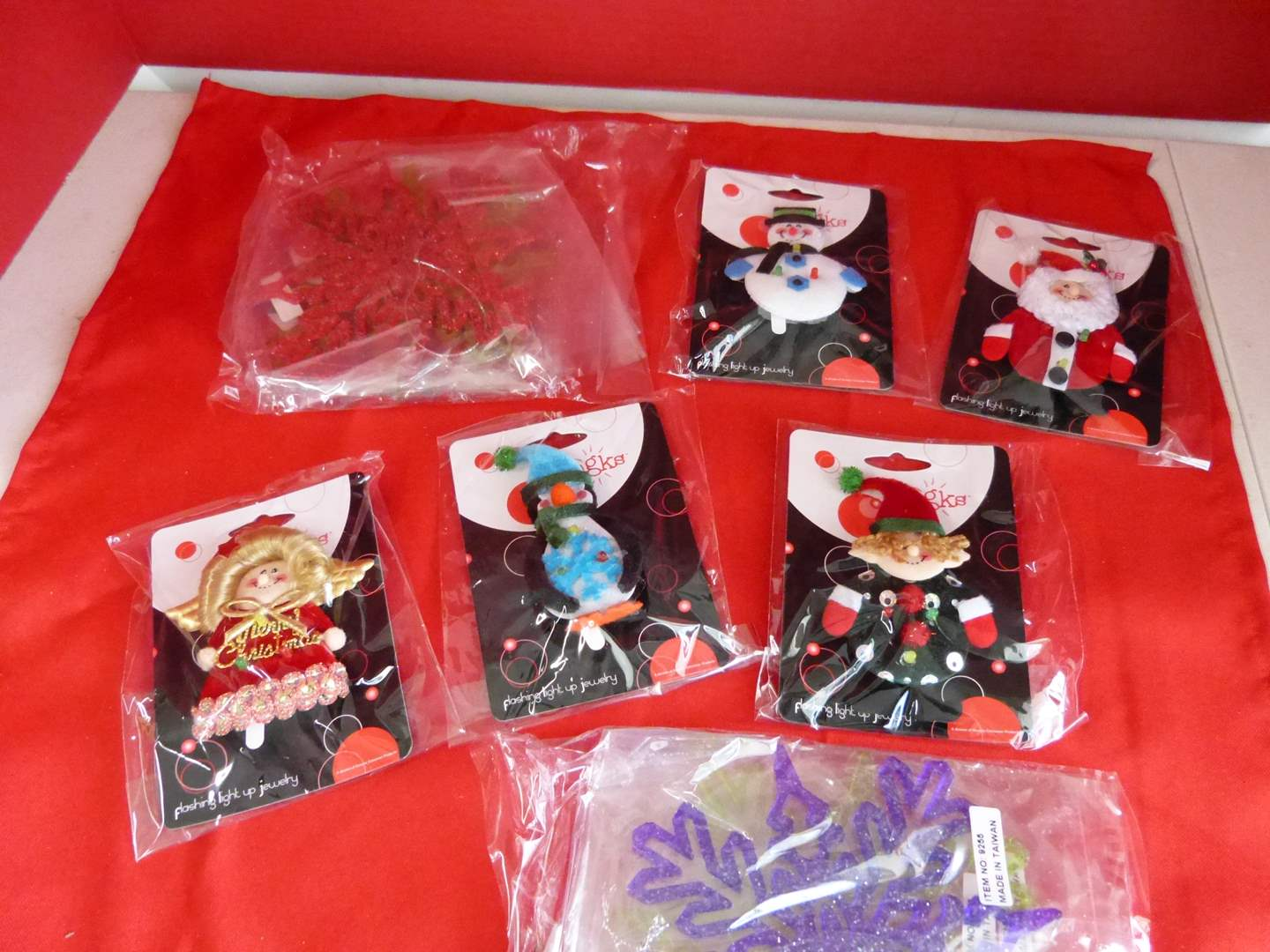 Lot # 189  Great lot of collectible ornaments
