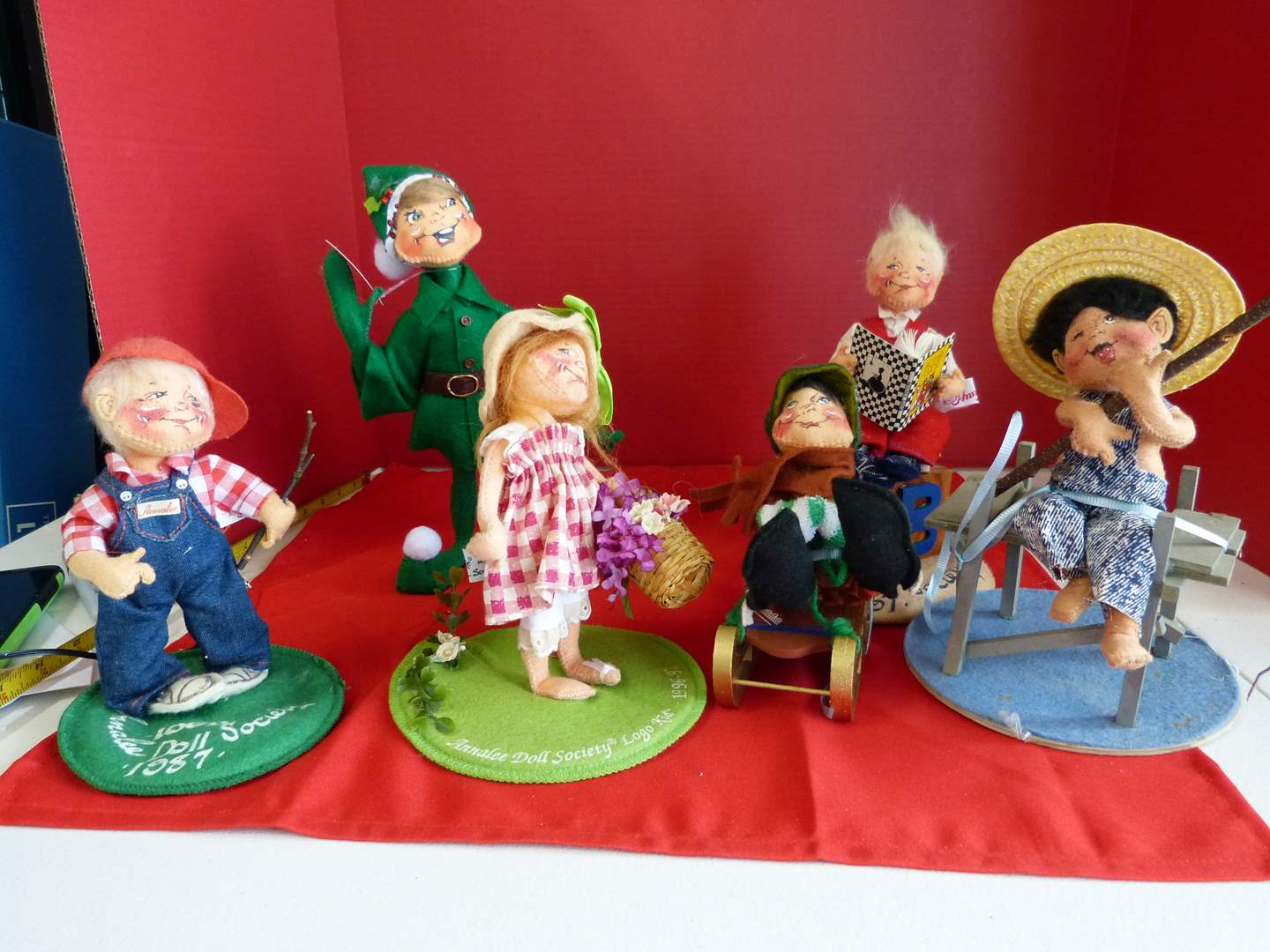 Lot # 193  LARGE collection of Annalee dolls to include Society pieces (main image)