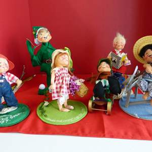 Lot # 193  LARGE collection of Annalee dolls to include Society pieces