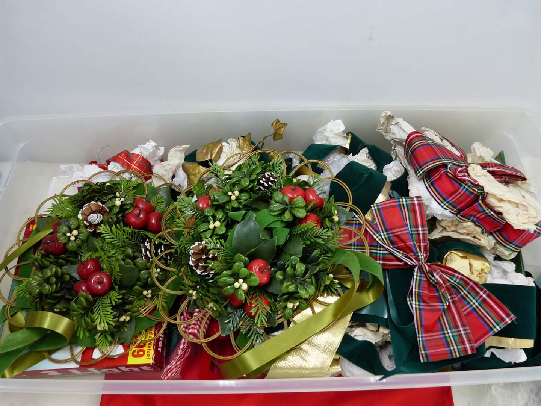 Lot # 216  Nice lot of Christmas wreaths & ribbons (main image)