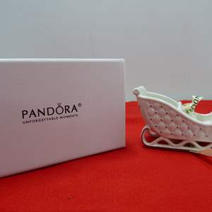 Lot # 251   Great holiday PANDORA ornament