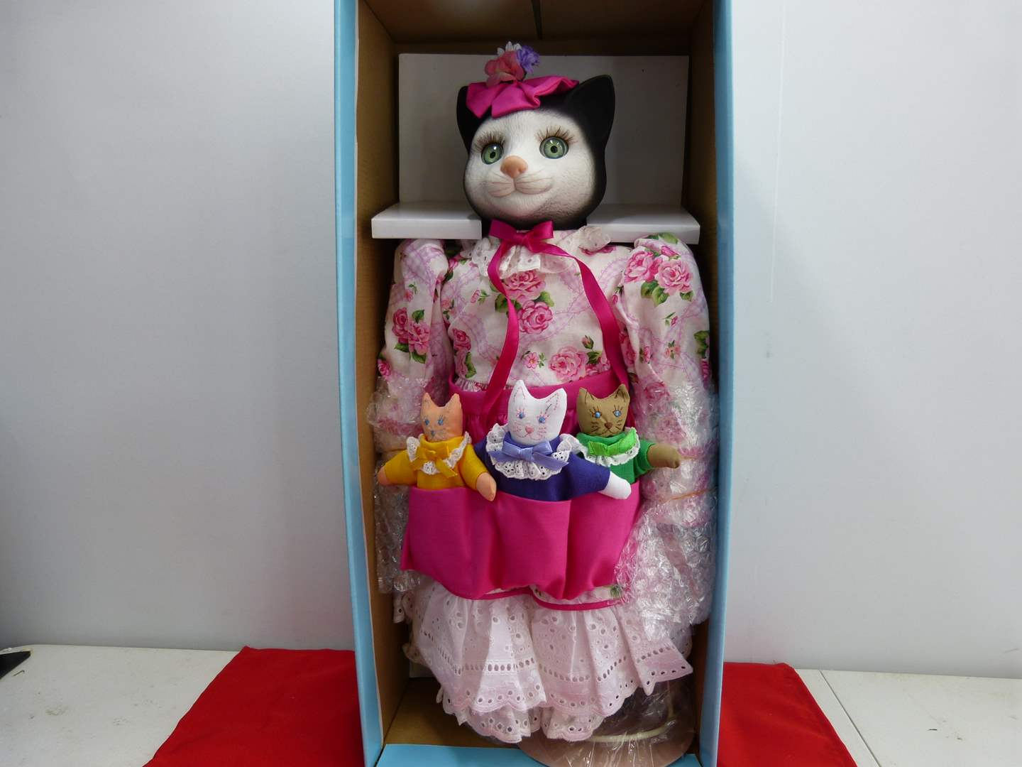 Lot # 297  LARGE Betty Jane Carter Cat Doll MINT condition (main image)
