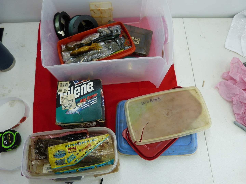 Lot # 304  Lot of fishing tackle  (main image)