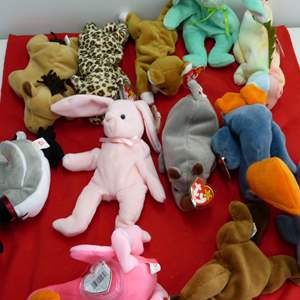Lot # 307  Large lot of Beanie Babies