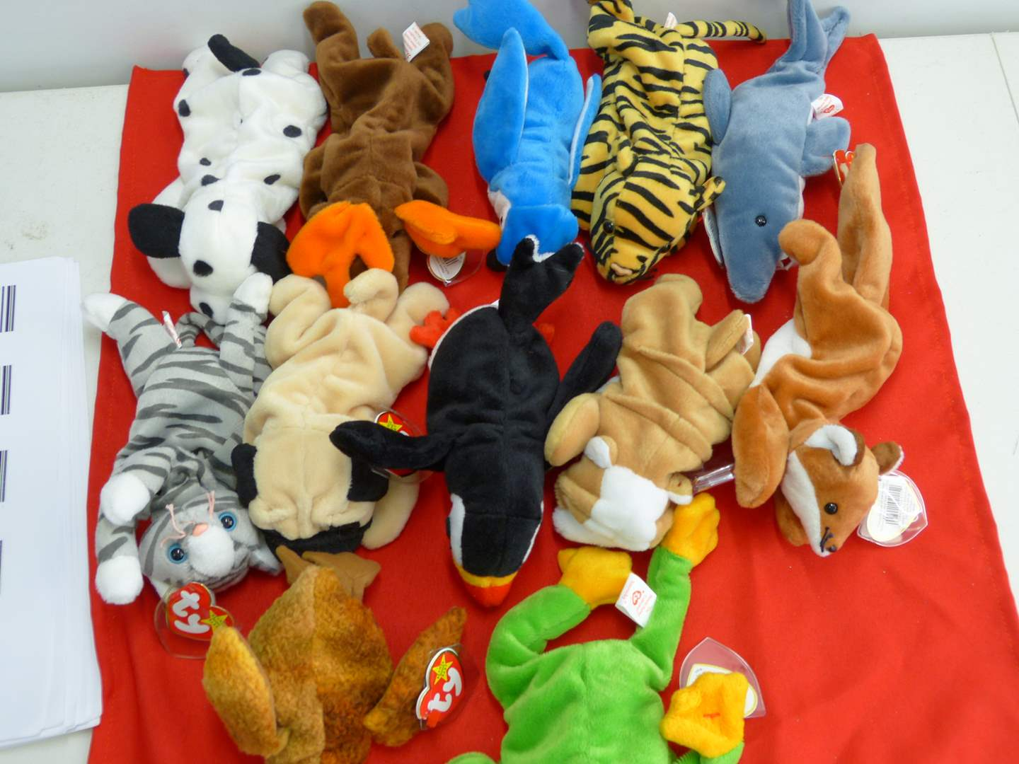 Lot # 308  Large lot of Beanie Babies  (main image)