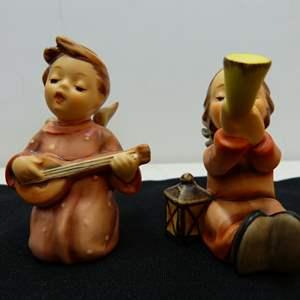 Lot # 219  2 cute miniature Hummel Hummel's Boy & Girl