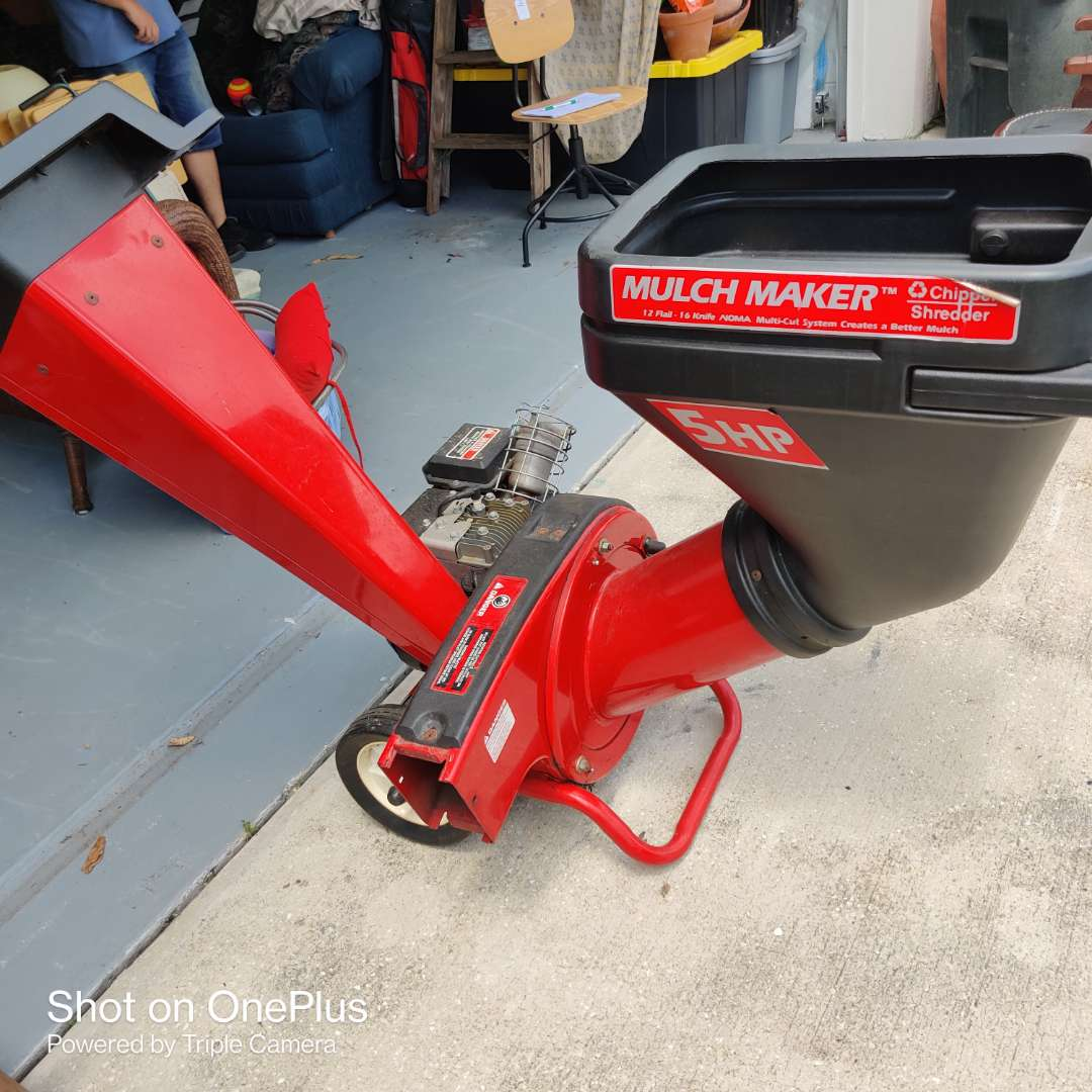 4 most maker chipper shredder 5 horsepower used one time great condition