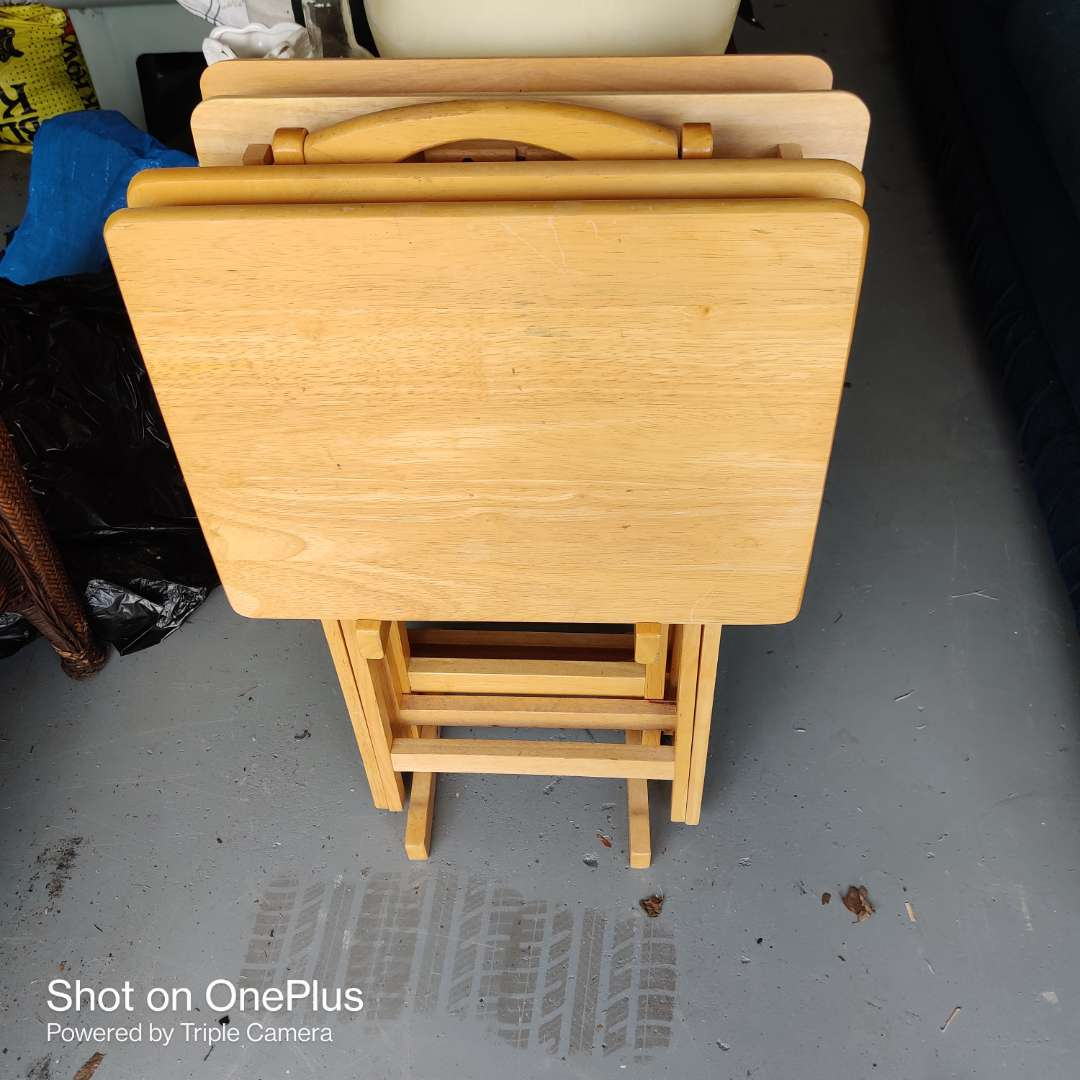 6 set of wood TV trays with the stand