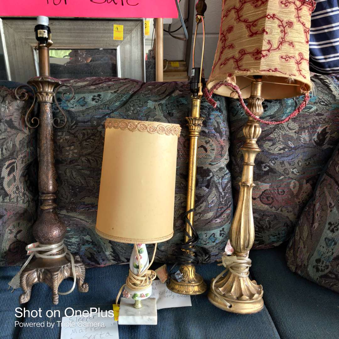 13 lot of four different lamps no shades