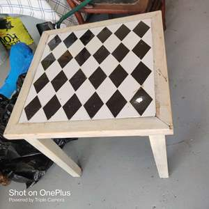 38 small tile top table 20x20x20