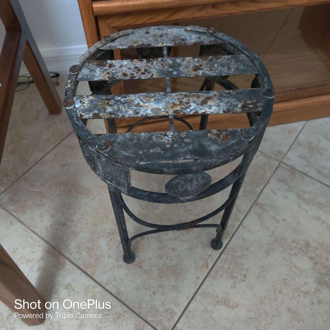 94 small 14-in tall metal stool Little Rock