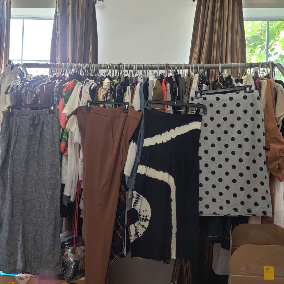 121.Contents of rack of clothes
