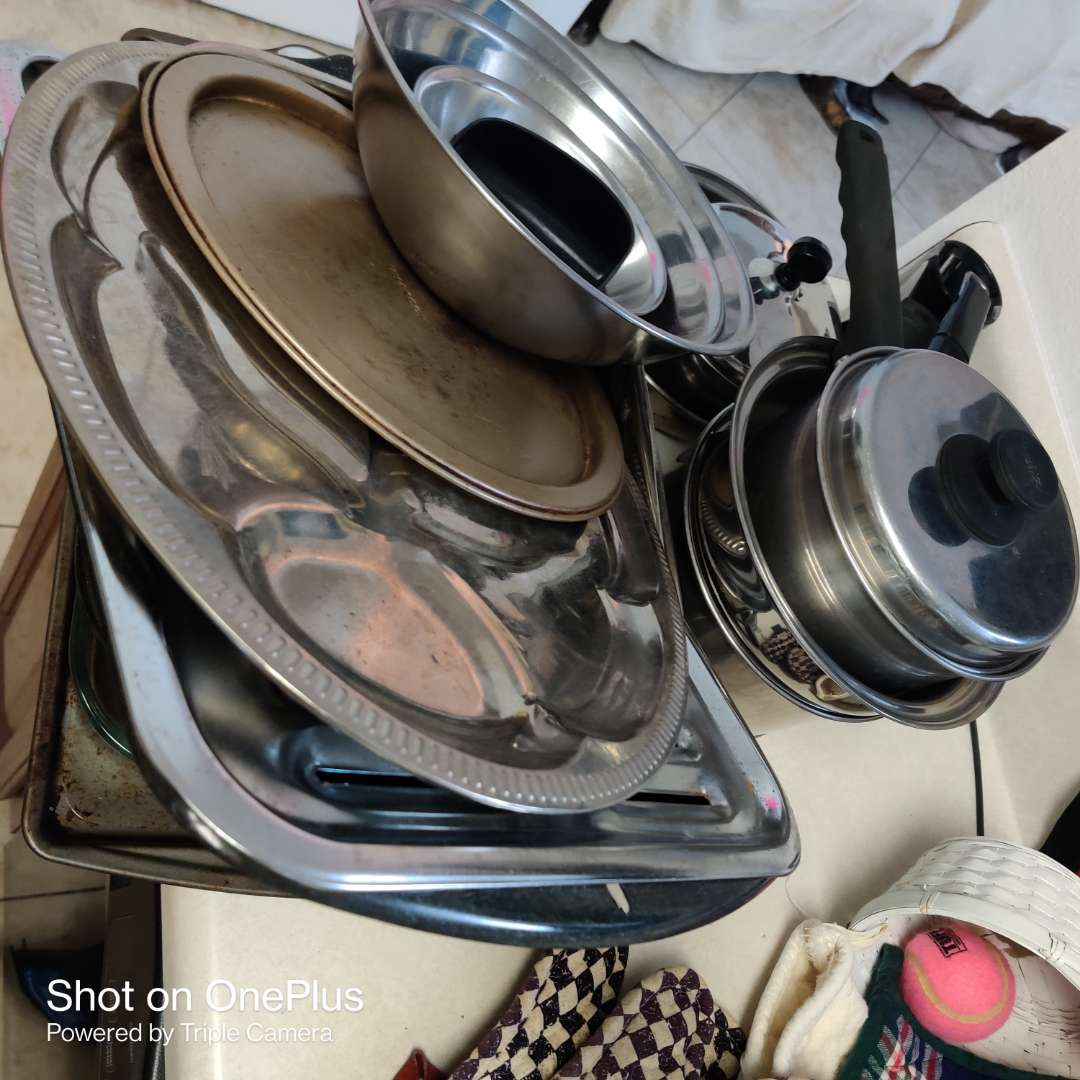 147 large lot of pots and pans glass baking dish stainless