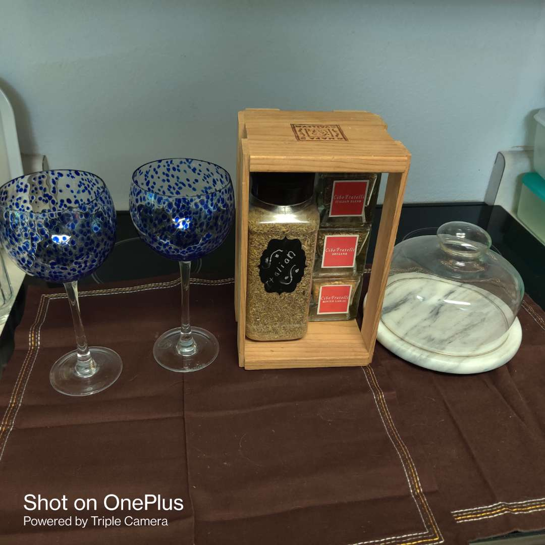 149 spices marble cheese dish two blue speckled wine glasses