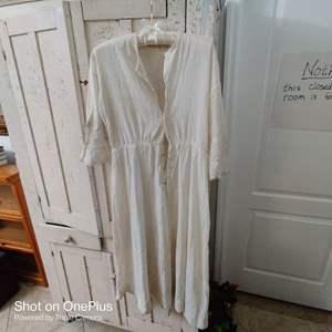 157 vintage ladies dress