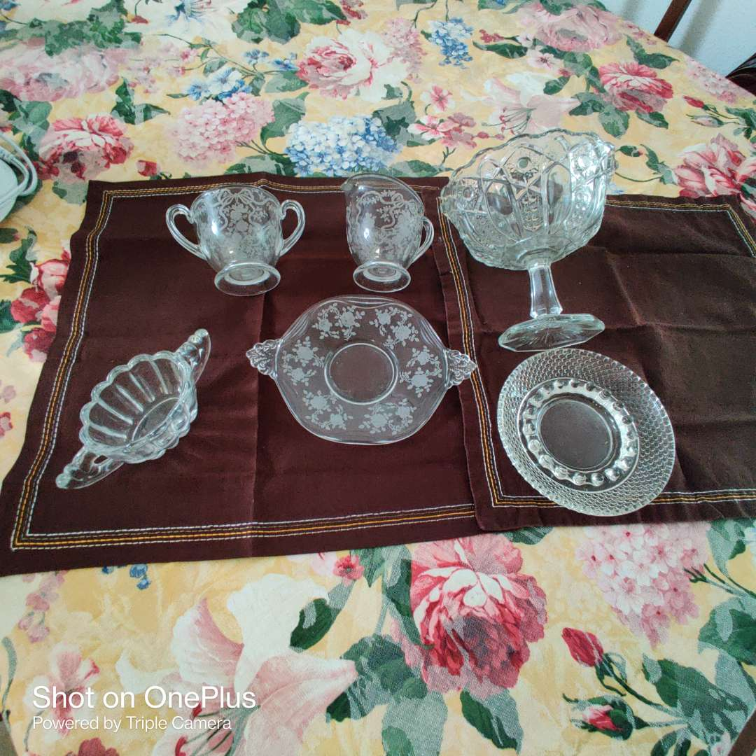 203 etched glass total of six pieces great condition