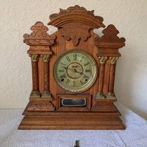 Lot # 2 Very Clean Oak Antique Ingraham No7 Clock With Key