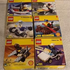 Lot # 85 Lot Assorted NIB LEGOS Shell Gas Promotion 1998