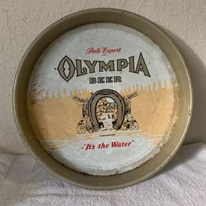 """Lot # 166 Vintage Olympia """"It's The Water"""" Beer Tray"""