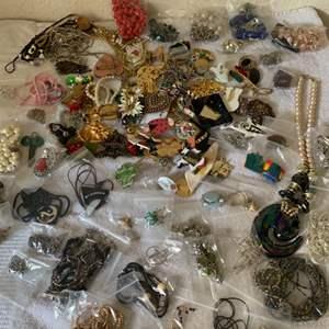 Lot # 193 Huge Lot Assorted Wearable Jewelry. See Lot 190 Description