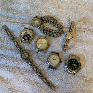 Lot # 237 Lot Assorted Vintage Watches. Tag Hauer, Helbros, Hallmark, Timex, Etc