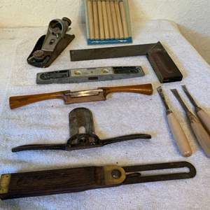 Lot # 239 Lot Assorted Vintage & Newer Woodworking Tools. See Pics