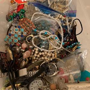 Lot # 265 Large Lot Assorted Jewelry; Mostly Wearable