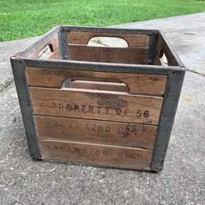 Lot # 272 Solid Vintage Oak Kalamazoo MI Milk Crate