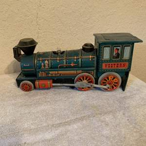 Lot # 284 Vintage Japan Battery Operated Tin Train. See Pics.