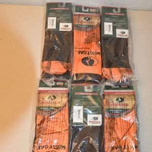 Lot # 105 MOSSY OAK orange size LARGE crew socks SIX PAIR NEW