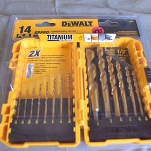 Lot # 293 DEWALT 14 PIECE TITANIUM DRILL BIT SET NIP