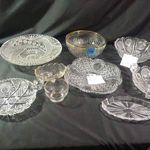 Lot # 126 Collectible Glassware