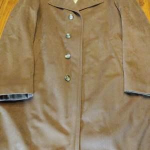 Lot # 209 Vintage Clothing