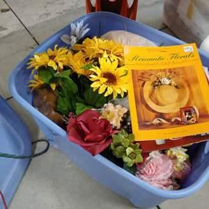 Lot # 234 Flower Bin