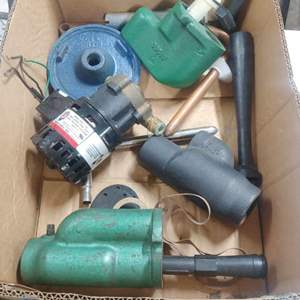 Lot # 285 Cast Iron Pump Parts ++