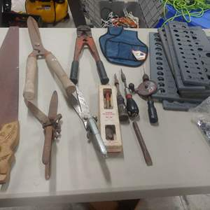 Lot # 293 Old Tools
