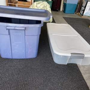 Lot # 27 Large Rubbermaid Storage Container & Under the Bed Storage Box