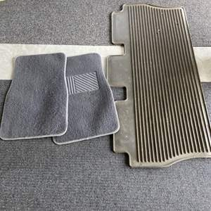 Lot # 28 Floor Mats for Car, SUV or Truck