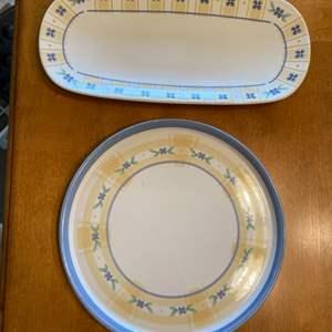 Lot # 62 Pfaltzgraff Summer Breeze Serving Platters