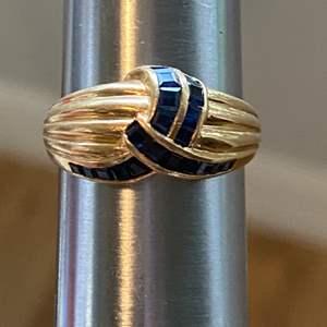 Lot # 80 Stunning 14K Gold Ring TW 3.8g Sz 7