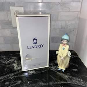 Lot # 85 Vintage Lladro (retired) 1996 PIERROT IN LOVE #6258 - PRISTINE w/ Original Box