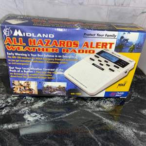 Lot # 108 Midland All Hazard Alert Weather Radio