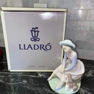 Lot # 131 Vintage 1985 Retired Lladro BY MY SIDE #7645 - PRISTINE! w/ Original Box