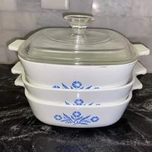 Lot # 134 Vintage Corning Ware Blue Cornflower Bakers w/ 1 Lid